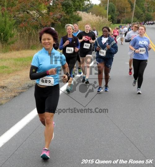 Queen of the Roses 5K Run/Walk<br><br><br><br><a href='https://www.trisportsevents.com/pics/15_Queen_of_Roses_5K_024.JPG' download='15_Queen_of_Roses_5K_024.JPG'>Click here to download.</a><Br><a href='http://www.facebook.com/sharer.php?u=http:%2F%2Fwww.trisportsevents.com%2Fpics%2F15_Queen_of_Roses_5K_024.JPG&t=Queen of the Roses 5K Run/Walk' target='_blank'><img src='images/fb_share.png' width='100'></a>
