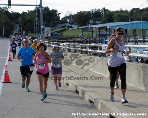 Race & Taste 5K Run/Walk<br><br><br><br><a href='https://www.trisportsevents.com/pics/15_Race_&_Taste_5K_017.JPG' download='15_Race_&_Taste_5K_017.JPG'>Click here to download.</a><Br><a href='http://www.facebook.com/sharer.php?u=http:%2F%2Fwww.trisportsevents.com%2Fpics%2F15_Race_&_Taste_5K_017.JPG&t=Race & Taste 5K Run/Walk' target='_blank'><img src='images/fb_share.png' width='100'></a>
