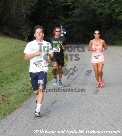 Race & Taste 5K Run/Walk<br><br><br><br><a href='https://www.trisportsevents.com/pics/15_Race_&_Taste_5K_059.JPG' download='15_Race_&_Taste_5K_059.JPG'>Click here to download.</a><Br><a href='http://www.facebook.com/sharer.php?u=http:%2F%2Fwww.trisportsevents.com%2Fpics%2F15_Race_&_Taste_5K_059.JPG&t=Race & Taste 5K Run/Walk' target='_blank'><img src='images/fb_share.png' width='100'></a>