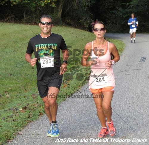 Race & Taste 5K Run/Walk<br><br><br><br><a href='https://www.trisportsevents.com/pics/15_Race_&_Taste_5K_060.JPG' download='15_Race_&_Taste_5K_060.JPG'>Click here to download.</a><Br><a href='http://www.facebook.com/sharer.php?u=http:%2F%2Fwww.trisportsevents.com%2Fpics%2F15_Race_&_Taste_5K_060.JPG&t=Race & Taste 5K Run/Walk' target='_blank'><img src='images/fb_share.png' width='100'></a>