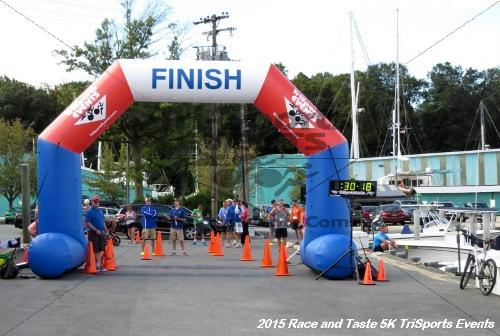 Race & Taste 5K Run/Walk<br><br><br><br><a href='https://www.trisportsevents.com/pics/15_Race_&_Taste_5K_092.JPG' download='15_Race_&_Taste_5K_092.JPG'>Click here to download.</a><Br><a href='http://www.facebook.com/sharer.php?u=http:%2F%2Fwww.trisportsevents.com%2Fpics%2F15_Race_&_Taste_5K_092.JPG&t=Race & Taste 5K Run/Walk' target='_blank'><img src='images/fb_share.png' width='100'></a>