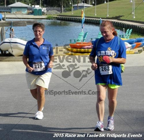 Race & Taste 5K Run/Walk<br><br><br><br><a href='https://www.trisportsevents.com/pics/15_Race_&_Taste_5K_126.JPG' download='15_Race_&_Taste_5K_126.JPG'>Click here to download.</a><Br><a href='http://www.facebook.com/sharer.php?u=http:%2F%2Fwww.trisportsevents.com%2Fpics%2F15_Race_&_Taste_5K_126.JPG&t=Race & Taste 5K Run/Walk' target='_blank'><img src='images/fb_share.png' width='100'></a>