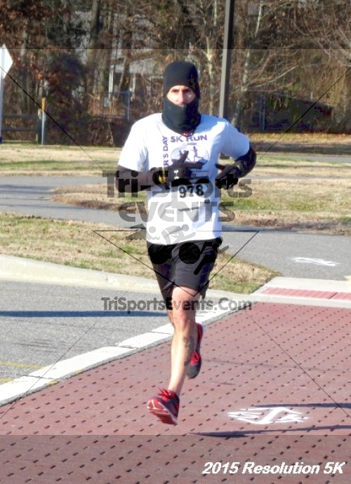 Resolution 5K Run/Walk<br><br><br><br><a href='https://www.trisportsevents.com/pics/15_Resolution_5K_020.JPG' download='15_Resolution_5K_020.JPG'>Click here to download.</a><Br><a href='http://www.facebook.com/sharer.php?u=http:%2F%2Fwww.trisportsevents.com%2Fpics%2F15_Resolution_5K_020.JPG&t=Resolution 5K Run/Walk' target='_blank'><img src='images/fb_share.png' width='100'></a>