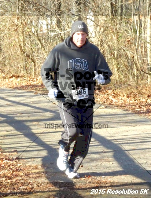 Resolution 5K Run/Walk<br><br><br><br><a href='http://www.trisportsevents.com/pics/15_Resolution_5K_032.JPG' download='15_Resolution_5K_032.JPG'>Click here to download.</a><Br><a href='http://www.facebook.com/sharer.php?u=http:%2F%2Fwww.trisportsevents.com%2Fpics%2F15_Resolution_5K_032.JPG&t=Resolution 5K Run/Walk' target='_blank'><img src='images/fb_share.png' width='100'></a>