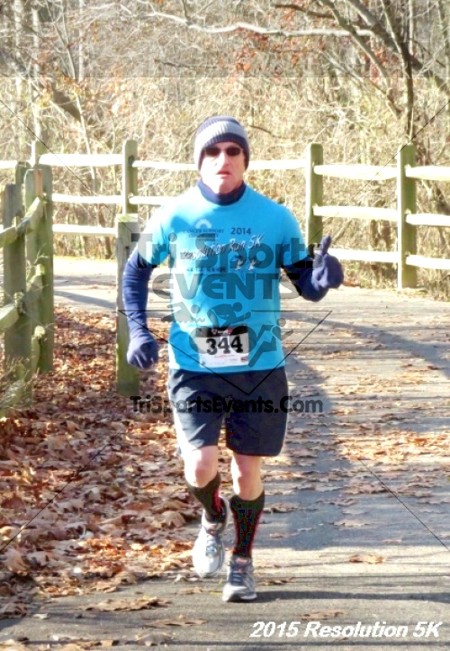 Resolution 5K Run/Walk<br><br><br><br><a href='https://www.trisportsevents.com/pics/15_Resolution_5K_043.JPG' download='15_Resolution_5K_043.JPG'>Click here to download.</a><Br><a href='http://www.facebook.com/sharer.php?u=http:%2F%2Fwww.trisportsevents.com%2Fpics%2F15_Resolution_5K_043.JPG&t=Resolution 5K Run/Walk' target='_blank'><img src='images/fb_share.png' width='100'></a>