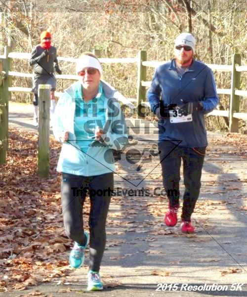 Resolution 5K Run/Walk<br><br><br><br><a href='http://www.trisportsevents.com/pics/15_Resolution_5K_045.JPG' download='15_Resolution_5K_045.JPG'>Click here to download.</a><Br><a href='http://www.facebook.com/sharer.php?u=http:%2F%2Fwww.trisportsevents.com%2Fpics%2F15_Resolution_5K_045.JPG&t=Resolution 5K Run/Walk' target='_blank'><img src='images/fb_share.png' width='100'></a>