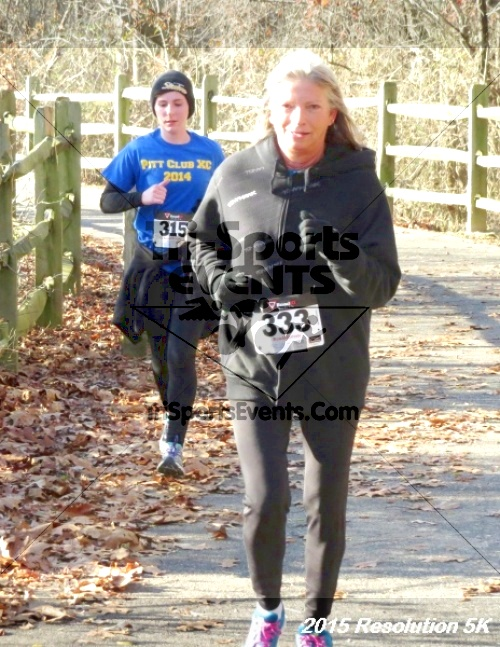 Resolution 5K Run/Walk<br><br><br><br><a href='http://www.trisportsevents.com/pics/15_Resolution_5K_057.JPG' download='15_Resolution_5K_057.JPG'>Click here to download.</a><Br><a href='http://www.facebook.com/sharer.php?u=http:%2F%2Fwww.trisportsevents.com%2Fpics%2F15_Resolution_5K_057.JPG&t=Resolution 5K Run/Walk' target='_blank'><img src='images/fb_share.png' width='100'></a>