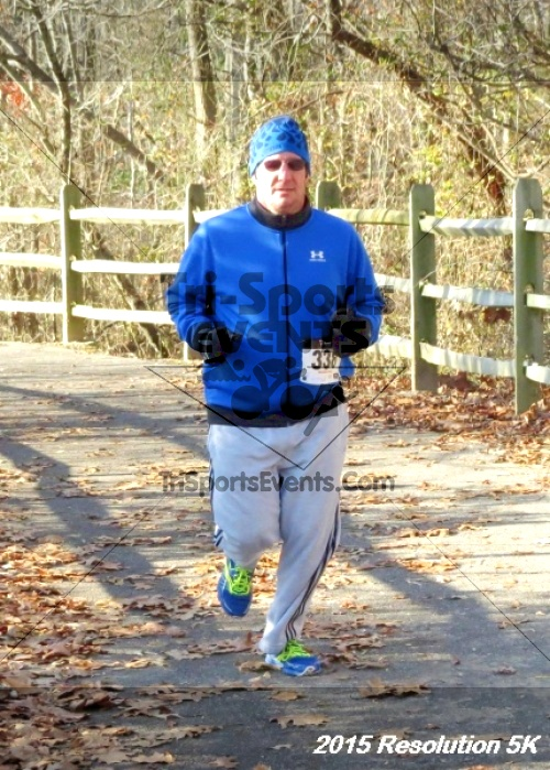 Resolution 5K Run/Walk<br><br><br><br><a href='http://www.trisportsevents.com/pics/15_Resolution_5K_093.JPG' download='15_Resolution_5K_093.JPG'>Click here to download.</a><Br><a href='http://www.facebook.com/sharer.php?u=http:%2F%2Fwww.trisportsevents.com%2Fpics%2F15_Resolution_5K_093.JPG&t=Resolution 5K Run/Walk' target='_blank'><img src='images/fb_share.png' width='100'></a>