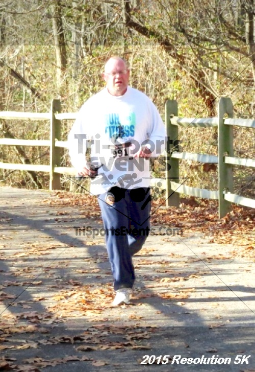 Resolution 5K Run/Walk<br><br><br><br><a href='http://www.trisportsevents.com/pics/15_Resolution_5K_095.JPG' download='15_Resolution_5K_095.JPG'>Click here to download.</a><Br><a href='http://www.facebook.com/sharer.php?u=http:%2F%2Fwww.trisportsevents.com%2Fpics%2F15_Resolution_5K_095.JPG&t=Resolution 5K Run/Walk' target='_blank'><img src='images/fb_share.png' width='100'></a>