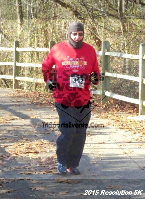 Resolution 5K Run/Walk<br><br><br><br><a href='http://www.trisportsevents.com/pics/15_Resolution_5K_098.JPG' download='15_Resolution_5K_098.JPG'>Click here to download.</a><Br><a href='http://www.facebook.com/sharer.php?u=http:%2F%2Fwww.trisportsevents.com%2Fpics%2F15_Resolution_5K_098.JPG&t=Resolution 5K Run/Walk' target='_blank'><img src='images/fb_share.png' width='100'></a>