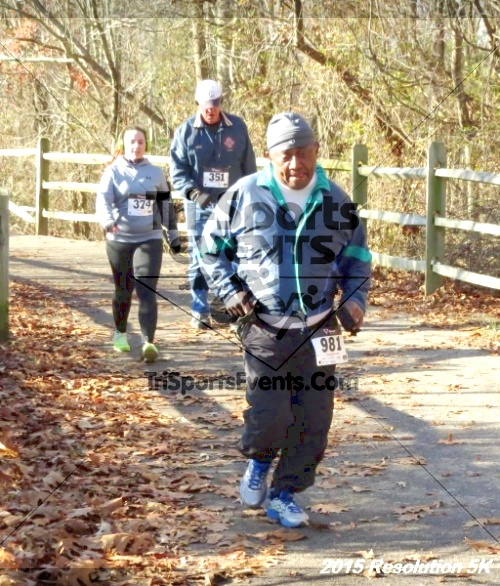 Resolution 5K Run/Walk<br><br><br><br><a href='http://www.trisportsevents.com/pics/15_Resolution_5K_128.JPG' download='15_Resolution_5K_128.JPG'>Click here to download.</a><Br><a href='http://www.facebook.com/sharer.php?u=http:%2F%2Fwww.trisportsevents.com%2Fpics%2F15_Resolution_5K_128.JPG&t=Resolution 5K Run/Walk' target='_blank'><img src='images/fb_share.png' width='100'></a>