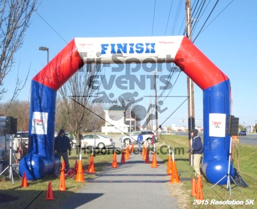 Resolution 5K Run/Walk<br><br><br><br><a href='https://www.trisportsevents.com/pics/15_Resolution_5K_156.JPG' download='15_Resolution_5K_156.JPG'>Click here to download.</a><Br><a href='http://www.facebook.com/sharer.php?u=http:%2F%2Fwww.trisportsevents.com%2Fpics%2F15_Resolution_5K_156.JPG&t=Resolution 5K Run/Walk' target='_blank'><img src='images/fb_share.png' width='100'></a>