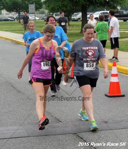 Ryan's Race 5K<br><br><br><br><a href='http://www.trisportsevents.com/pics/15_Ryan's_Race_5K_225.JPG' download='15_Ryan's_Race_5K_225.JPG'>Click here to download.</a><Br><a href='http://www.facebook.com/sharer.php?u=http:%2F%2Fwww.trisportsevents.com%2Fpics%2F15_Ryan's_Race_5K_225.JPG&t=Ryan's Race 5K' target='_blank'><img src='images/fb_share.png' width='100'></a>