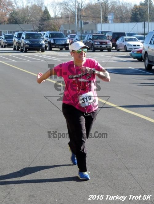 Turkey Trot 5K Run/Walk<br><br><br><br><a href='http://www.trisportsevents.com/pics/15_Turkey_Trot_5K_181.JPG' download='15_Turkey_Trot_5K_181.JPG'>Click here to download.</a><Br><a href='http://www.facebook.com/sharer.php?u=http:%2F%2Fwww.trisportsevents.com%2Fpics%2F15_Turkey_Trot_5K_181.JPG&t=Turkey Trot 5K Run/Walk' target='_blank'><img src='images/fb_share.png' width='100'></a>