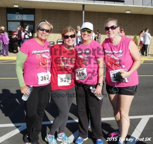 Turkey Trot 5K Run/Walk<br><br><br><br><a href='http://www.trisportsevents.com/pics/15_Turkey_Trot_5K_185.JPG' download='15_Turkey_Trot_5K_185.JPG'>Click here to download.</a><Br><a href='http://www.facebook.com/sharer.php?u=http:%2F%2Fwww.trisportsevents.com%2Fpics%2F15_Turkey_Trot_5K_185.JPG&t=Turkey Trot 5K Run/Walk' target='_blank'><img src='images/fb_share.png' width='100'></a>