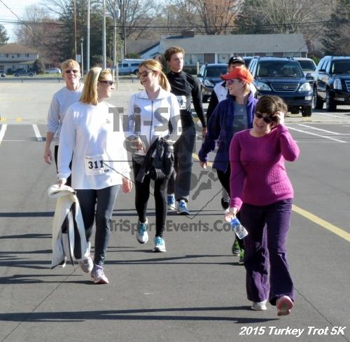 Turkey Trot 5K Run/Walk<br><br><br><br><a href='http://www.trisportsevents.com/pics/15_Turkey_Trot_5K_227.JPG' download='15_Turkey_Trot_5K_227.JPG'>Click here to download.</a><Br><a href='http://www.facebook.com/sharer.php?u=http:%2F%2Fwww.trisportsevents.com%2Fpics%2F15_Turkey_Trot_5K_227.JPG&t=Turkey Trot 5K Run/Walk' target='_blank'><img src='images/fb_share.png' width='100'></a>