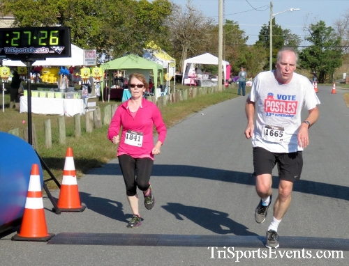 Big Thursday on Sunday 5K Run/Walk<br><br><br><br><a href='https://www.trisportsevents.com/pics/16_Big_Thursday_5K_082.JPG' download='16_Big_Thursday_5K_082.JPG'>Click here to download.</a><Br><a href='http://www.facebook.com/sharer.php?u=http:%2F%2Fwww.trisportsevents.com%2Fpics%2F16_Big_Thursday_5K_082.JPG&t=Big Thursday on Sunday 5K Run/Walk' target='_blank'><img src='images/fb_share.png' width='100'></a>