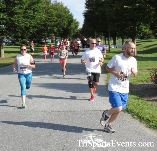 BrainStrong 5K Run/Walk<br><br><br><br><a href='https://www.trisportsevents.com/pics/16_BrainStrong_5K_023.JPG' download='16_BrainStrong_5K_023.JPG'>Click here to download.</a><Br><a href='http://www.facebook.com/sharer.php?u=http:%2F%2Fwww.trisportsevents.com%2Fpics%2F16_BrainStrong_5K_023.JPG&t=BrainStrong 5K Run/Walk' target='_blank'><img src='images/fb_share.png' width='100'></a>