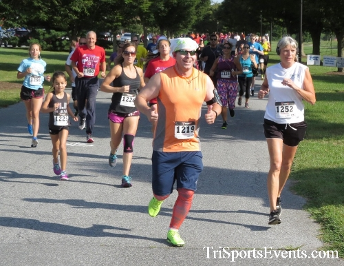 BrainStrong 5K Run/Walk<br><br><br><br><a href='https://www.trisportsevents.com/pics/16_BrainStrong_5K_026.JPG' download='16_BrainStrong_5K_026.JPG'>Click here to download.</a><Br><a href='http://www.facebook.com/sharer.php?u=http:%2F%2Fwww.trisportsevents.com%2Fpics%2F16_BrainStrong_5K_026.JPG&t=BrainStrong 5K Run/Walk' target='_blank'><img src='images/fb_share.png' width='100'></a>