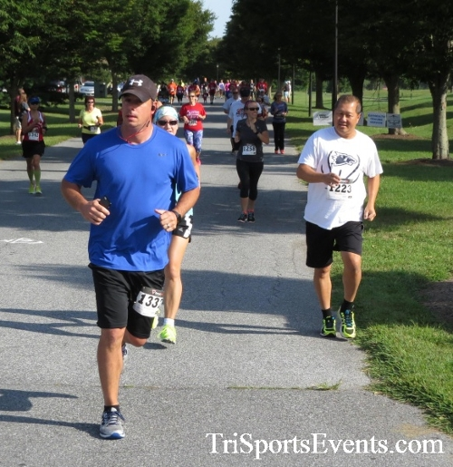 BrainStrong 5K Run/Walk<br><br><br><br><a href='http://www.trisportsevents.com/pics/16_BrainStrong_5K_032.JPG' download='16_BrainStrong_5K_032.JPG'>Click here to download.</a><Br><a href='http://www.facebook.com/sharer.php?u=http:%2F%2Fwww.trisportsevents.com%2Fpics%2F16_BrainStrong_5K_032.JPG&t=BrainStrong 5K Run/Walk' target='_blank'><img src='images/fb_share.png' width='100'></a>