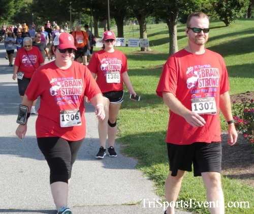 BrainStrong 5K Run/Walk<br><br><br><br><a href='https://www.trisportsevents.com/pics/16_BrainStrong_5K_043.JPG' download='16_BrainStrong_5K_043.JPG'>Click here to download.</a><Br><a href='http://www.facebook.com/sharer.php?u=http:%2F%2Fwww.trisportsevents.com%2Fpics%2F16_BrainStrong_5K_043.JPG&t=BrainStrong 5K Run/Walk' target='_blank'><img src='images/fb_share.png' width='100'></a>