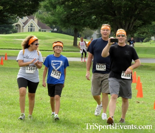 BrainStrong 5K Run/Walk<br><br><br><br><a href='https://www.trisportsevents.com/pics/16_BrainStrong_5K_199.JPG' download='16_BrainStrong_5K_199.JPG'>Click here to download.</a><Br><a href='http://www.facebook.com/sharer.php?u=http:%2F%2Fwww.trisportsevents.com%2Fpics%2F16_BrainStrong_5K_199.JPG&t=BrainStrong 5K Run/Walk' target='_blank'><img src='images/fb_share.png' width='100'></a>