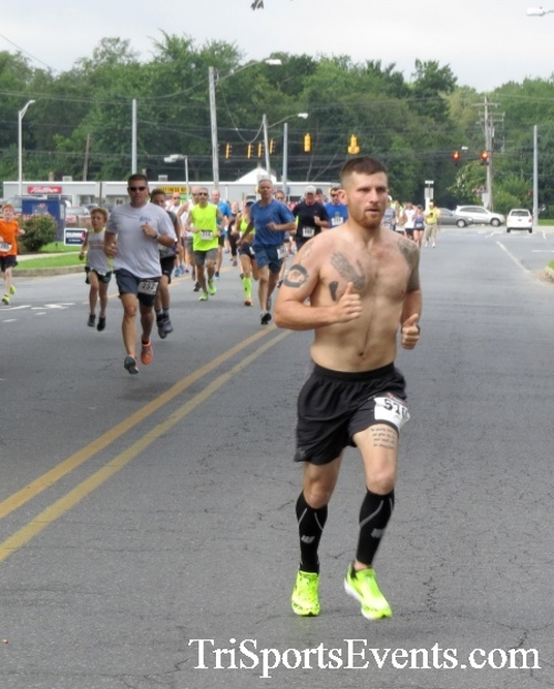 COPS & Robbers 5K Run/Walk<br><br><br><br><a href='https://www.trisportsevents.com/pics/16_COPS_&_Robbers_5K_007.JPG' download='16_COPS_&_Robbers_5K_007.JPG'>Click here to download.</a><Br><a href='http://www.facebook.com/sharer.php?u=http:%2F%2Fwww.trisportsevents.com%2Fpics%2F16_COPS_&_Robbers_5K_007.JPG&t=COPS & Robbers 5K Run/Walk' target='_blank'><img src='images/fb_share.png' width='100'></a>