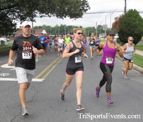 COPS & Robbers 5K Run/Walk<br><br><br><br><a href='http://www.trisportsevents.com/pics/16_COPS_&_Robbers_5K_018.JPG' download='16_COPS_&_Robbers_5K_018.JPG'>Click here to download.</a><Br><a href='http://www.facebook.com/sharer.php?u=http:%2F%2Fwww.trisportsevents.com%2Fpics%2F16_COPS_&_Robbers_5K_018.JPG&t=COPS & Robbers 5K Run/Walk' target='_blank'><img src='images/fb_share.png' width='100'></a>