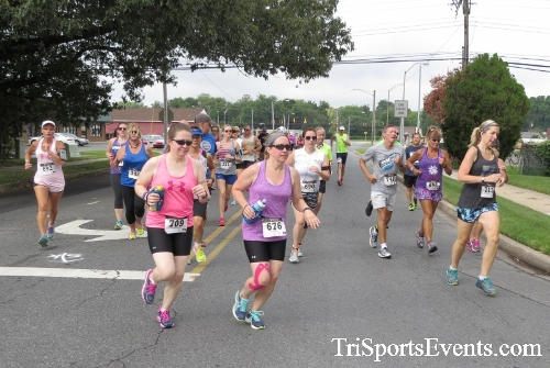 COPS & Robbers 5K Run/Walk<br><br><br><br><a href='http://www.trisportsevents.com/pics/16_COPS_&_Robbers_5K_019.JPG' download='16_COPS_&_Robbers_5K_019.JPG'>Click here to download.</a><Br><a href='http://www.facebook.com/sharer.php?u=http:%2F%2Fwww.trisportsevents.com%2Fpics%2F16_COPS_&_Robbers_5K_019.JPG&t=COPS & Robbers 5K Run/Walk' target='_blank'><img src='images/fb_share.png' width='100'></a>