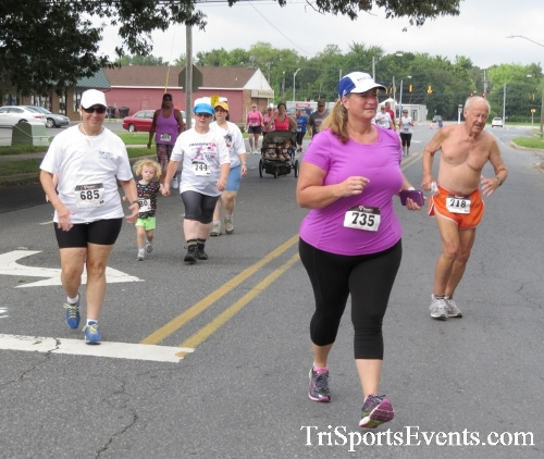 COPS & Robbers 5K Run/Walk<br><br><br><br><a href='https://www.trisportsevents.com/pics/16_COPS_&_Robbers_5K_026.JPG' download='16_COPS_&_Robbers_5K_026.JPG'>Click here to download.</a><Br><a href='http://www.facebook.com/sharer.php?u=http:%2F%2Fwww.trisportsevents.com%2Fpics%2F16_COPS_&_Robbers_5K_026.JPG&t=COPS & Robbers 5K Run/Walk' target='_blank'><img src='images/fb_share.png' width='100'></a>