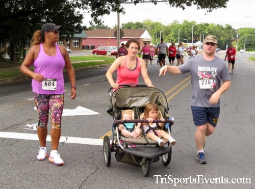 COPS & Robbers 5K Run/Walk<br><br><br><br><a href='http://www.trisportsevents.com/pics/16_COPS_&_Robbers_5K_028.JPG' download='16_COPS_&_Robbers_5K_028.JPG'>Click here to download.</a><Br><a href='http://www.facebook.com/sharer.php?u=http:%2F%2Fwww.trisportsevents.com%2Fpics%2F16_COPS_&_Robbers_5K_028.JPG&t=COPS & Robbers 5K Run/Walk' target='_blank'><img src='images/fb_share.png' width='100'></a>