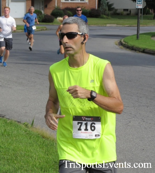 COPS & Robbers 5K Run/Walk<br><br><br><br><a href='https://www.trisportsevents.com/pics/16_COPS_&_Robbers_5K_038.JPG' download='16_COPS_&_Robbers_5K_038.JPG'>Click here to download.</a><Br><a href='http://www.facebook.com/sharer.php?u=http:%2F%2Fwww.trisportsevents.com%2Fpics%2F16_COPS_&_Robbers_5K_038.JPG&t=COPS & Robbers 5K Run/Walk' target='_blank'><img src='images/fb_share.png' width='100'></a>