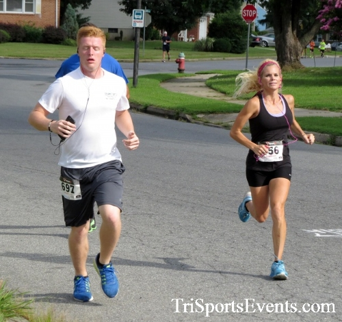 COPS & Robbers 5K Run/Walk<br><br><br><br><a href='https://www.trisportsevents.com/pics/16_COPS_&_Robbers_5K_039.JPG' download='16_COPS_&_Robbers_5K_039.JPG'>Click here to download.</a><Br><a href='http://www.facebook.com/sharer.php?u=http:%2F%2Fwww.trisportsevents.com%2Fpics%2F16_COPS_&_Robbers_5K_039.JPG&t=COPS & Robbers 5K Run/Walk' target='_blank'><img src='images/fb_share.png' width='100'></a>