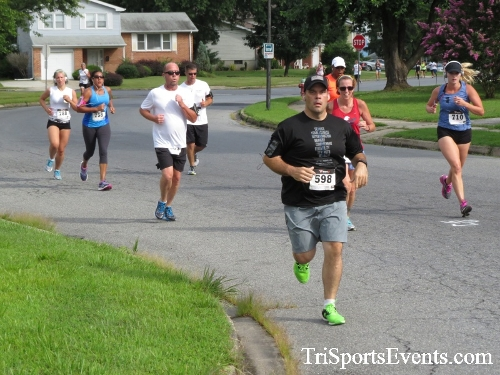 COPS & Robbers 5K Run/Walk<br><br><br><br><a href='https://www.trisportsevents.com/pics/16_COPS_&_Robbers_5K_051.JPG' download='16_COPS_&_Robbers_5K_051.JPG'>Click here to download.</a><Br><a href='http://www.facebook.com/sharer.php?u=http:%2F%2Fwww.trisportsevents.com%2Fpics%2F16_COPS_&_Robbers_5K_051.JPG&t=COPS & Robbers 5K Run/Walk' target='_blank'><img src='images/fb_share.png' width='100'></a>