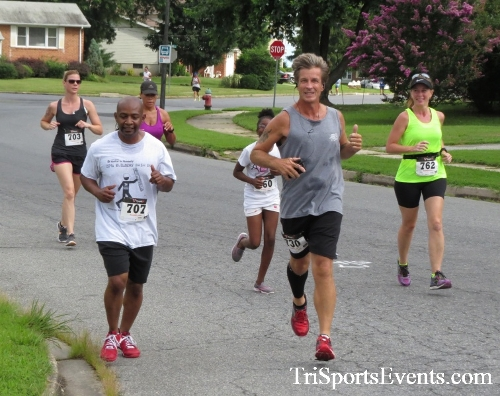 COPS & Robbers 5K Run/Walk<br><br><br><br><a href='https://www.trisportsevents.com/pics/16_COPS_&_Robbers_5K_060.JPG' download='16_COPS_&_Robbers_5K_060.JPG'>Click here to download.</a><Br><a href='http://www.facebook.com/sharer.php?u=http:%2F%2Fwww.trisportsevents.com%2Fpics%2F16_COPS_&_Robbers_5K_060.JPG&t=COPS & Robbers 5K Run/Walk' target='_blank'><img src='images/fb_share.png' width='100'></a>