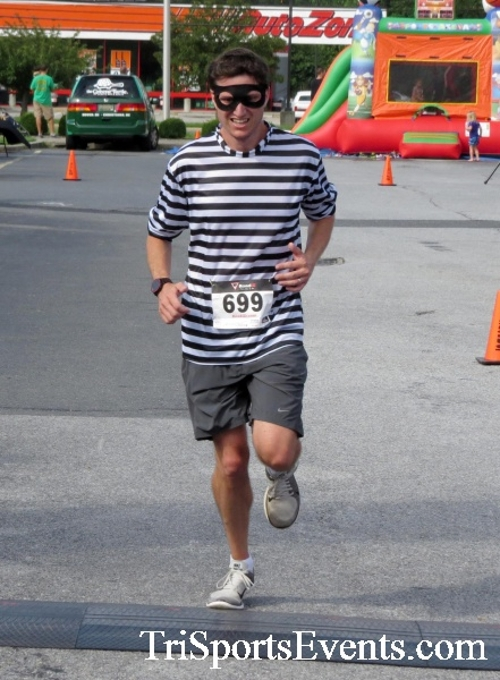 COPS & Robbers 5K Run/Walk<br><br><br><br><a href='http://www.trisportsevents.com/pics/16_COPS_&_Robbers_5K_089.JPG' download='16_COPS_&_Robbers_5K_089.JPG'>Click here to download.</a><Br><a href='http://www.facebook.com/sharer.php?u=http:%2F%2Fwww.trisportsevents.com%2Fpics%2F16_COPS_&_Robbers_5K_089.JPG&t=COPS & Robbers 5K Run/Walk' target='_blank'><img src='images/fb_share.png' width='100'></a>
