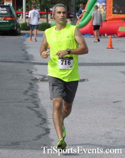 COPS & Robbers 5K Run/Walk<br><br><br><br><a href='https://www.trisportsevents.com/pics/16_COPS_&_Robbers_5K_102.JPG' download='16_COPS_&_Robbers_5K_102.JPG'>Click here to download.</a><Br><a href='http://www.facebook.com/sharer.php?u=http:%2F%2Fwww.trisportsevents.com%2Fpics%2F16_COPS_&_Robbers_5K_102.JPG&t=COPS & Robbers 5K Run/Walk' target='_blank'><img src='images/fb_share.png' width='100'></a>