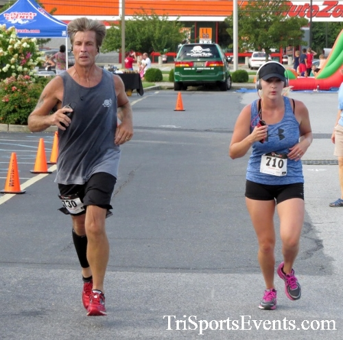 COPS & Robbers 5K Run/Walk<br><br><br><br><a href='http://www.trisportsevents.com/pics/16_COPS_&_Robbers_5K_127.JPG' download='16_COPS_&_Robbers_5K_127.JPG'>Click here to download.</a><Br><a href='http://www.facebook.com/sharer.php?u=http:%2F%2Fwww.trisportsevents.com%2Fpics%2F16_COPS_&_Robbers_5K_127.JPG&t=COPS & Robbers 5K Run/Walk' target='_blank'><img src='images/fb_share.png' width='100'></a>