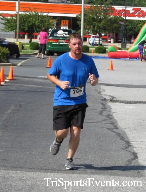 COPS & Robbers 5K Run/Walk<br><br><br><br><a href='http://www.trisportsevents.com/pics/16_COPS_&_Robbers_5K_162.JPG' download='16_COPS_&_Robbers_5K_162.JPG'>Click here to download.</a><Br><a href='http://www.facebook.com/sharer.php?u=http:%2F%2Fwww.trisportsevents.com%2Fpics%2F16_COPS_&_Robbers_5K_162.JPG&t=COPS & Robbers 5K Run/Walk' target='_blank'><img src='images/fb_share.png' width='100'></a>