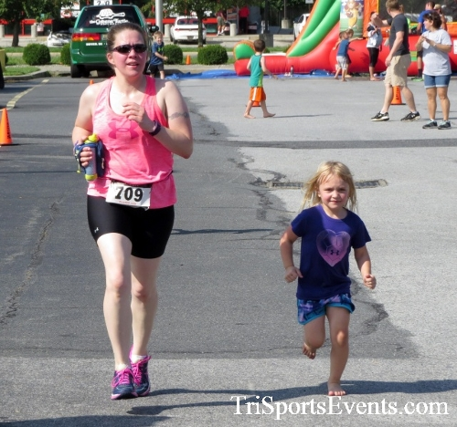 COPS & Robbers 5K Run/Walk<br><br><br><br><a href='http://www.trisportsevents.com/pics/16_COPS_&_Robbers_5K_169.JPG' download='16_COPS_&_Robbers_5K_169.JPG'>Click here to download.</a><Br><a href='http://www.facebook.com/sharer.php?u=http:%2F%2Fwww.trisportsevents.com%2Fpics%2F16_COPS_&_Robbers_5K_169.JPG&t=COPS & Robbers 5K Run/Walk' target='_blank'><img src='images/fb_share.png' width='100'></a>