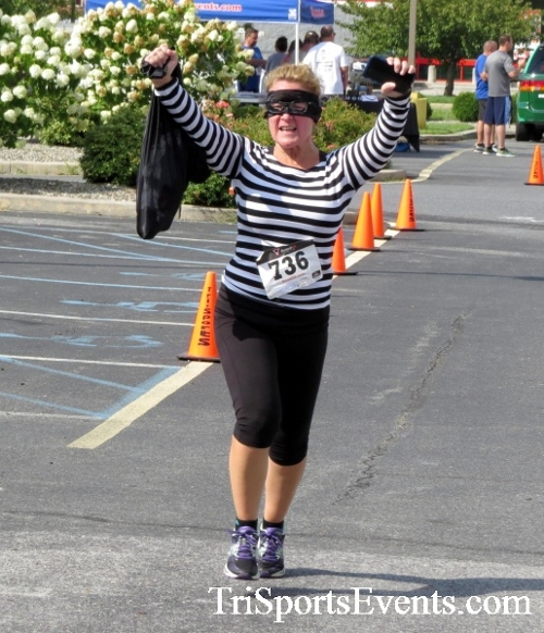 COPS & Robbers 5K Run/Walk<br><br><br><br><a href='https://www.trisportsevents.com/pics/16_COPS_&_Robbers_5K_188.JPG' download='16_COPS_&_Robbers_5K_188.JPG'>Click here to download.</a><Br><a href='http://www.facebook.com/sharer.php?u=http:%2F%2Fwww.trisportsevents.com%2Fpics%2F16_COPS_&_Robbers_5K_188.JPG&t=COPS & Robbers 5K Run/Walk' target='_blank'><img src='images/fb_share.png' width='100'></a>