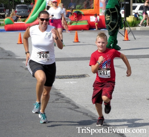 COPS & Robbers 5K Run/Walk<br><br><br><br><a href='https://www.trisportsevents.com/pics/16_COPS_&_Robbers_5K_191.JPG' download='16_COPS_&_Robbers_5K_191.JPG'>Click here to download.</a><Br><a href='http://www.facebook.com/sharer.php?u=http:%2F%2Fwww.trisportsevents.com%2Fpics%2F16_COPS_&_Robbers_5K_191.JPG&t=COPS & Robbers 5K Run/Walk' target='_blank'><img src='images/fb_share.png' width='100'></a>