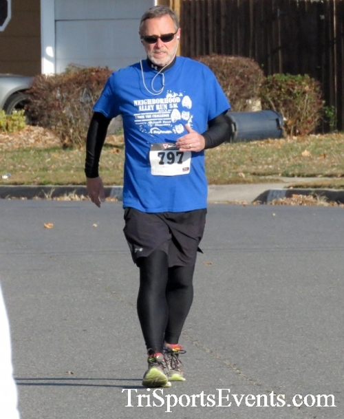 Concerns of Police Survivors (COPS) 5K Run/Walk<br><br><br><br><a href='http://www.trisportsevents.com/pics/16_COPS_5K_076.JPG' download='16_COPS_5K_076.JPG'>Click here to download.</a><Br><a href='http://www.facebook.com/sharer.php?u=http:%2F%2Fwww.trisportsevents.com%2Fpics%2F16_COPS_5K_076.JPG&t=Concerns of Police Survivors (COPS) 5K Run/Walk' target='_blank'><img src='images/fb_share.png' width='100'></a>