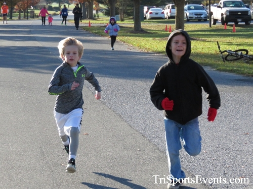 Cards to Beat Cancer 5K Run/Walk<br><br><br><br><a href='http://www.trisportsevents.com/pics/16_Cards_to_Beat_Cancer_5K_003.JPG' download='16_Cards_to_Beat_Cancer_5K_003.JPG'>Click here to download.</a><Br><a href='http://www.facebook.com/sharer.php?u=http:%2F%2Fwww.trisportsevents.com%2Fpics%2F16_Cards_to_Beat_Cancer_5K_003.JPG&t=Cards to Beat Cancer 5K Run/Walk' target='_blank'><img src='images/fb_share.png' width='100'></a>