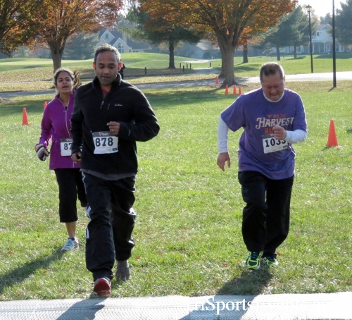 Cards to Beat Cancer 5K Run/Walk<br><br><br><br><a href='https://www.trisportsevents.com/pics/16_Cards_to_Beat_Cancer_5K_102.JPG' download='16_Cards_to_Beat_Cancer_5K_102.JPG'>Click here to download.</a><Br><a href='http://www.facebook.com/sharer.php?u=http:%2F%2Fwww.trisportsevents.com%2Fpics%2F16_Cards_to_Beat_Cancer_5K_102.JPG&t=Cards to Beat Cancer 5K Run/Walk' target='_blank'><img src='images/fb_share.png' width='100'></a>