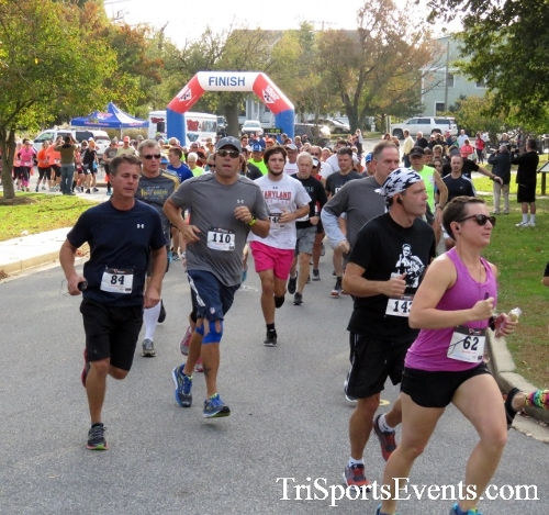 Chester River Challenge Half Marathon & 5K<br><br><br><br><a href='https://www.trisportsevents.com/pics/16_Chester_River_Chall;enge_008.JPG' download='16_Chester_River_Chall;enge_008.JPG'>Click here to download.</a><Br><a href='http://www.facebook.com/sharer.php?u=http:%2F%2Fwww.trisportsevents.com%2Fpics%2F16_Chester_River_Chall;enge_008.JPG&t=Chester River Challenge Half Marathon & 5K' target='_blank'><img src='images/fb_share.png' width='100'></a>