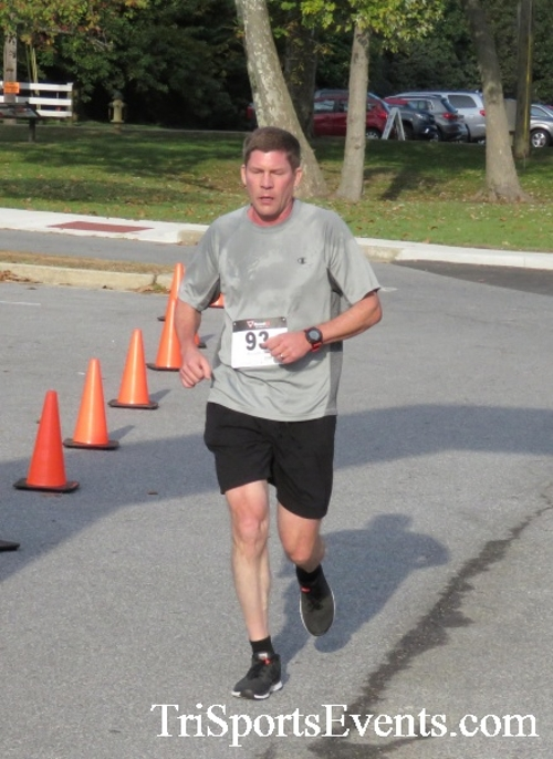 Chester River Challenge Half Marathon & 5K<br><br><br><br><a href='https://www.trisportsevents.com/pics/16_Chester_River_Chall;enge_029.JPG' download='16_Chester_River_Chall;enge_029.JPG'>Click here to download.</a><Br><a href='http://www.facebook.com/sharer.php?u=http:%2F%2Fwww.trisportsevents.com%2Fpics%2F16_Chester_River_Chall;enge_029.JPG&t=Chester River Challenge Half Marathon & 5K' target='_blank'><img src='images/fb_share.png' width='100'></a>