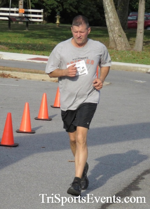 Chester River Challenge Half Marathon & 5K<br><br><br><br><a href='https://www.trisportsevents.com/pics/16_Chester_River_Chall;enge_039.JPG' download='16_Chester_River_Chall;enge_039.JPG'>Click here to download.</a><Br><a href='http://www.facebook.com/sharer.php?u=http:%2F%2Fwww.trisportsevents.com%2Fpics%2F16_Chester_River_Chall;enge_039.JPG&t=Chester River Challenge Half Marathon & 5K' target='_blank'><img src='images/fb_share.png' width='100'></a>