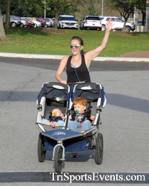 Chester River Challenge Half Marathon & 5K<br><br><br><br><a href='https://www.trisportsevents.com/pics/16_Chester_River_Chall;enge_041.JPG' download='16_Chester_River_Chall;enge_041.JPG'>Click here to download.</a><Br><a href='http://www.facebook.com/sharer.php?u=http:%2F%2Fwww.trisportsevents.com%2Fpics%2F16_Chester_River_Chall;enge_041.JPG&t=Chester River Challenge Half Marathon & 5K' target='_blank'><img src='images/fb_share.png' width='100'></a>