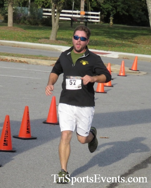 Chester River Challenge Half Marathon & 5K<br><br><br><br><a href='https://www.trisportsevents.com/pics/16_Chester_River_Chall;enge_044.JPG' download='16_Chester_River_Chall;enge_044.JPG'>Click here to download.</a><Br><a href='http://www.facebook.com/sharer.php?u=http:%2F%2Fwww.trisportsevents.com%2Fpics%2F16_Chester_River_Chall;enge_044.JPG&t=Chester River Challenge Half Marathon & 5K' target='_blank'><img src='images/fb_share.png' width='100'></a>